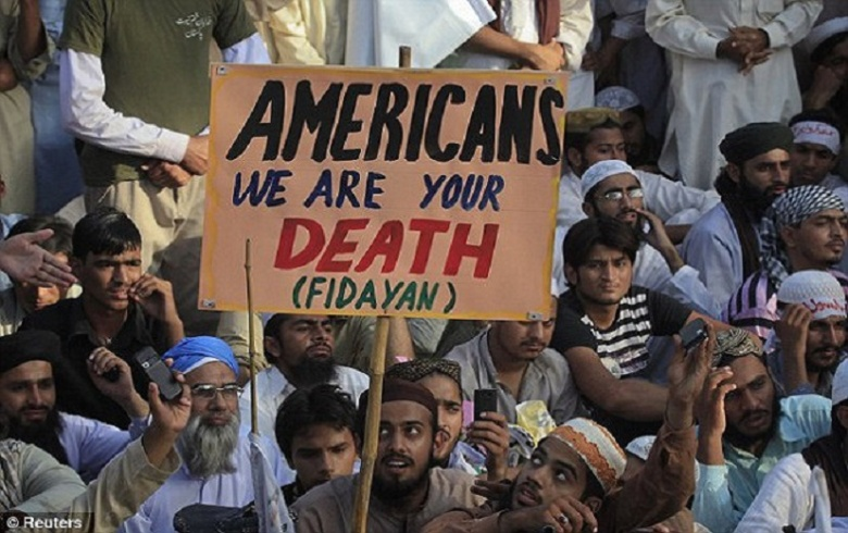 Muslims-threaten-America